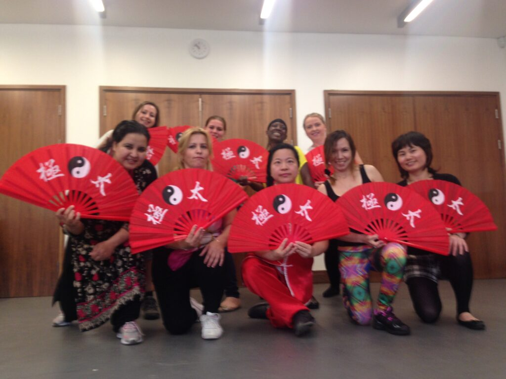 20150512 Tai Chi taster with ESOL class