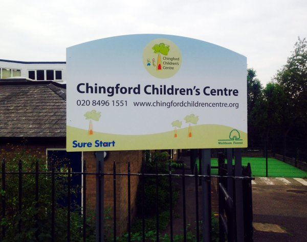 lotus-20150909 Chingford Children Centre door sign