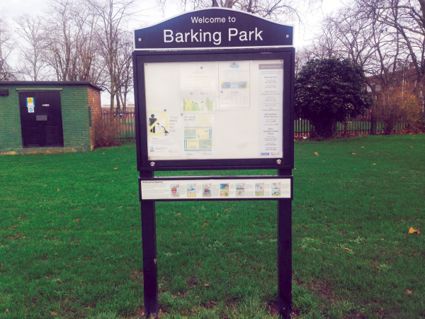 20151218 photo8 - Barking Park sign